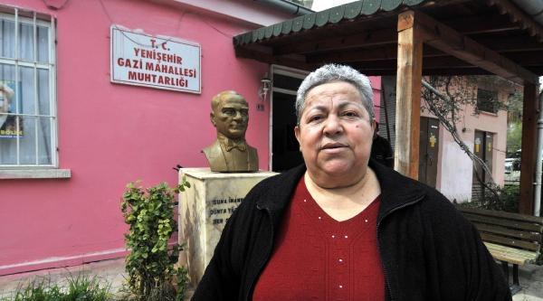 Mahallenin 25 Yıllık Kadın Muhtarı