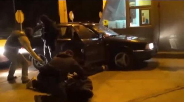 Makedon Polisi İnsan Kaçakçılarını Yakaladı