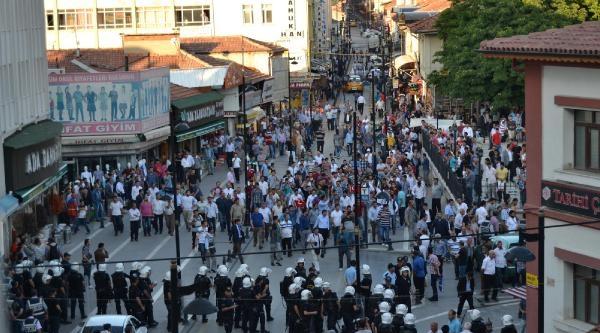 Malatya'da Protesto Sırasında Gerginlik Yaşandı