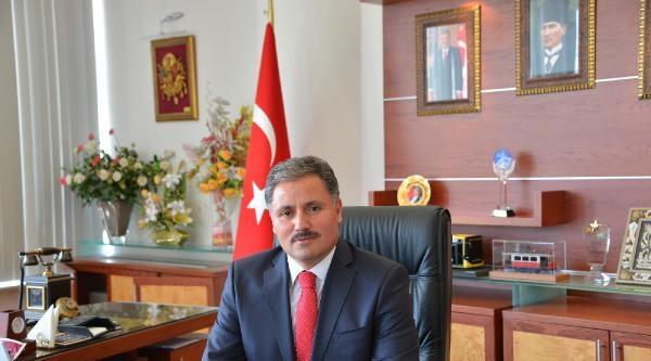 Malatya'da Seçimi Ak Parti Adayı Ahmet Çakir Kazandı