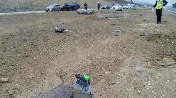 Malkara'da Otomobil Takla Atti: 2 Yarali