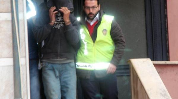 Maltepe'de Polisi Alarma Geçiren Cinsel Istismar Zanlisi Yakalandi