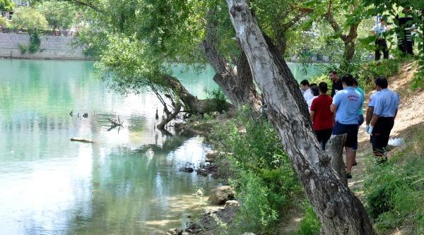 Manavgat Irmaği'nda Erkek Cesedi Bulundu