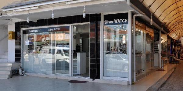 Manavgat'ta 230 Bin Liralik Gümüş Taki Çaldilar