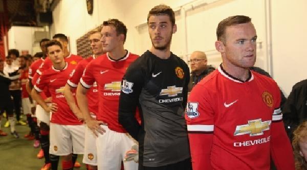 Manchester Unıted'ın Yeni Kaptanı Rooney Oldu
