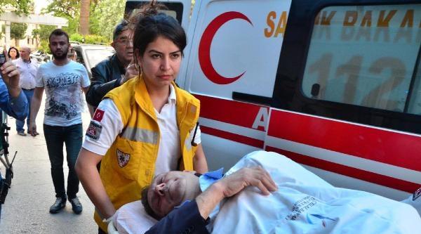Manisa İl Kültür Ve Turizm Müdürü Karaköse, Cami Çikişi Bacağından Vuruldu