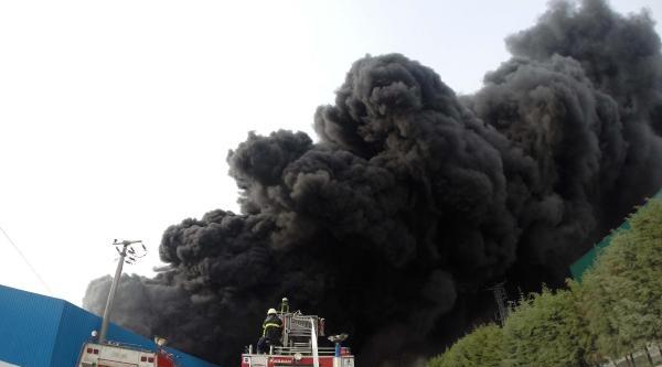 Manisa Osb'de Korkutan Yangın (2)