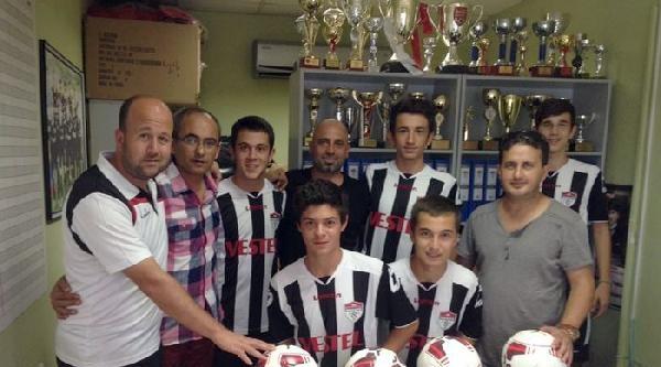 Manisaspor'a Ahmet İlhan'dan 40 Top