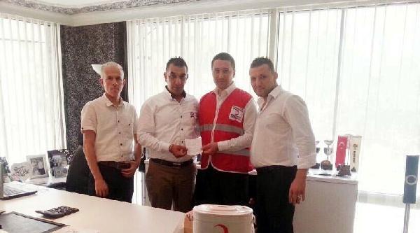 Manisaspor'la Akhisar Belediyespor'dan Kızılay'a 4000 Tl'lik Bozuk Para