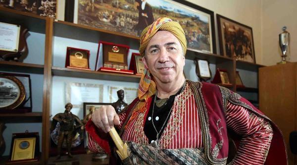 Mansur Yavaş, 'ankara'nın Seymeni' Sloganıyla Karşılandı