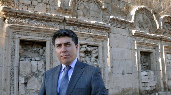Mardin Valisi Cengiz, Unesco Geçici Listesine Alınan Tarihi Mekanları Gezdi