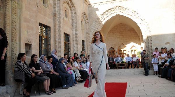 Mardinli Kızlar, Artuklu Ve Osmanlı Giysilerini Bugüne Taşıdı