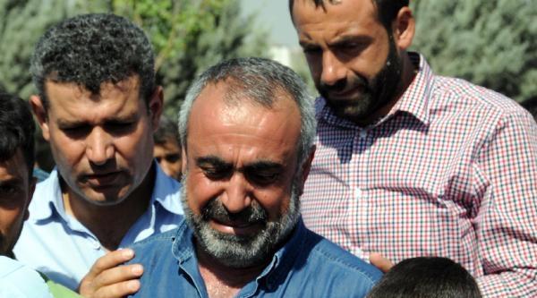 Marmara Adası'nda Cesedi Bulunan Serdar Demir Diyarbakır'da Toprağa Verildi