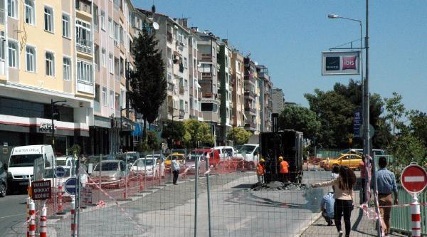 Marmaray Çalişmasinda Yol Çöktü