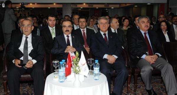 Marmaray Kazilarinda Günlük Bin Kasa Buluntu Çikarildi
