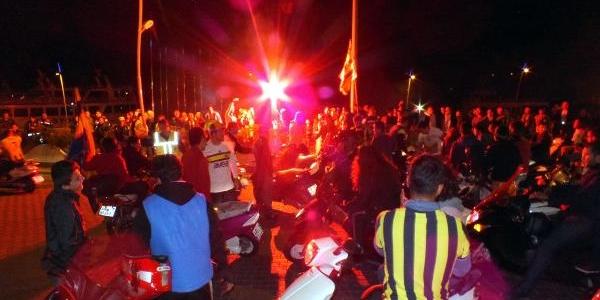 Marmaris'te Fenerbahçe Galibiyeti Konvoyla Kutlandi