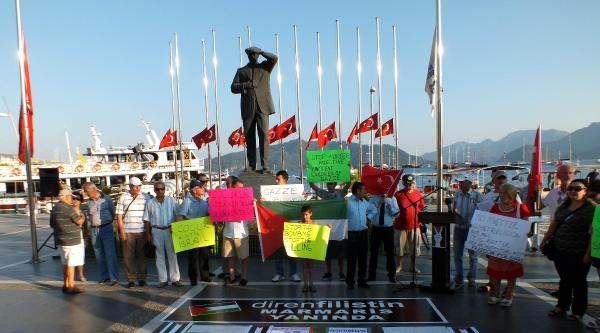 Marmaris'te İngilizce Ve Kürtçe Afişli İsrail Protestosu