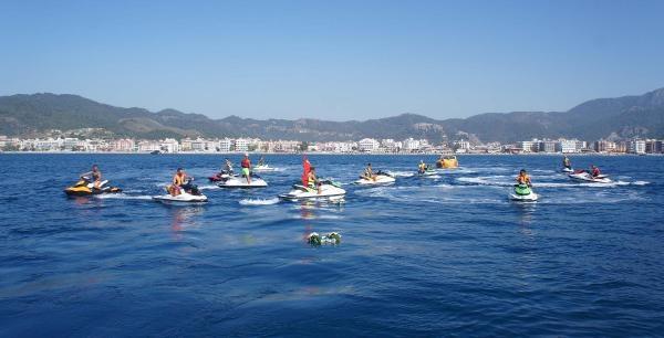 Marmaris'te Jet-ski'lerle Kabotaj Bayramı Kutlaması