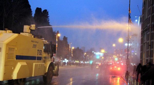 Mecidiyeköy'de Berkin Elvan Eylemine Polis Müdahalesi