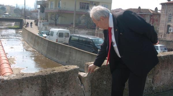Mehmet Akif'in Adı Köprüde Yaşatılacak