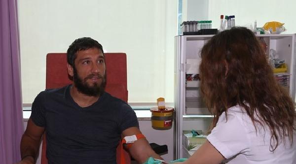 Mehmet Topuz Ve Egemen Korkmaz Sağlık Kontrolünden Geçti