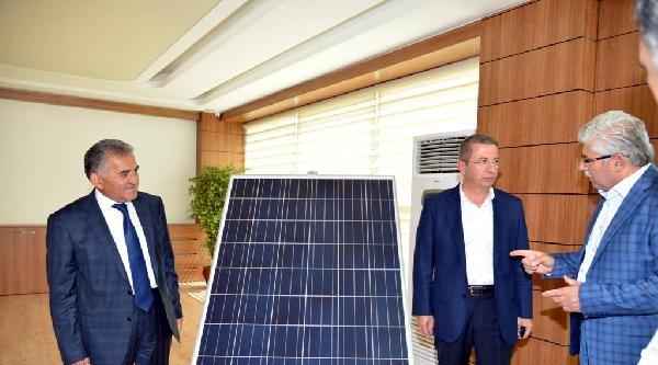 Melikgazi Belediyesi'nden Güneş Enerjisi Atağı