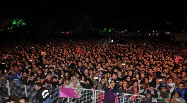 Menemen'de Hadise Konseri