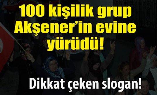 Meral Akşener'in evine bu sloganla yürüdüler