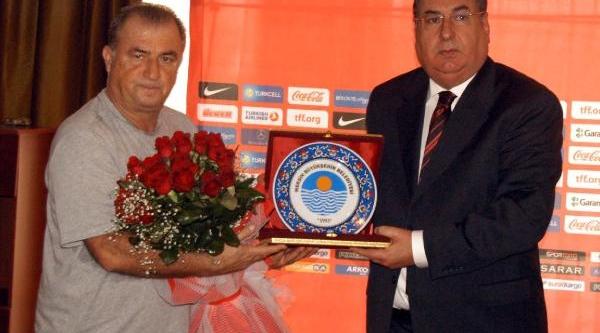 Mersi Belediye Başkani Özcan'dan Terim'e Ziyaret