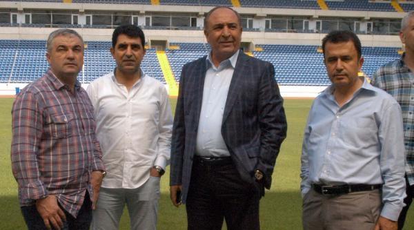 Mersin İdmanyurdu Stadını Çalimbay'a Gezdirdi