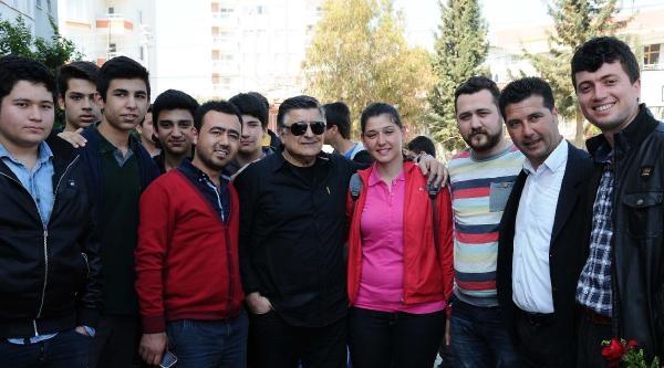 Mersin İdmanyurdu- Yılmaz Vural'a Liseli İlgisi