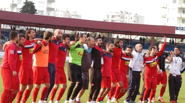 Mersin İdmanyurdu'nda Play Off Heyecanı