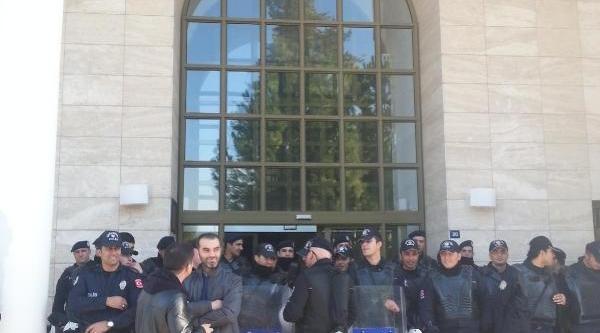 Mersin Üniversitesi'nde Rektörlük Işgali (1)