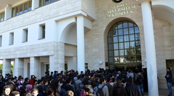 Mersin Üniversitesi'nde Rektörlük Işgali (2)