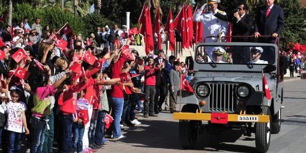Mersin'de 29 Ekim'e Coşkulu Kutlama