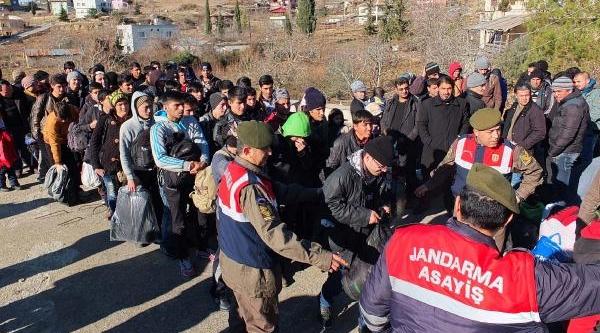 Mersin'de 99 Kaçak Yakalandi