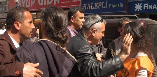 Mersin'de Ak Parti Büyükşehir Adayına Protesto
