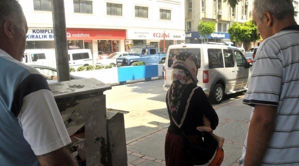 Mersin'de Dilenen Ve Çalişan Çocuklara Zabıta Operasyonu