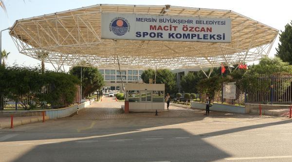Mersin'de 'kürtçe Müzik' Tartışması