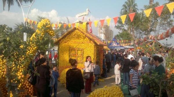 Mersin'De Renkli Festival