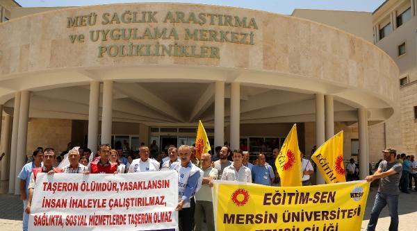 Mersin'de Sağlıkçılar Torba Yasayı Protesto Etti