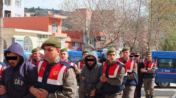 Mersin'de Uyuşturucu Satıcılarına Darbe: 14 Gözaltı