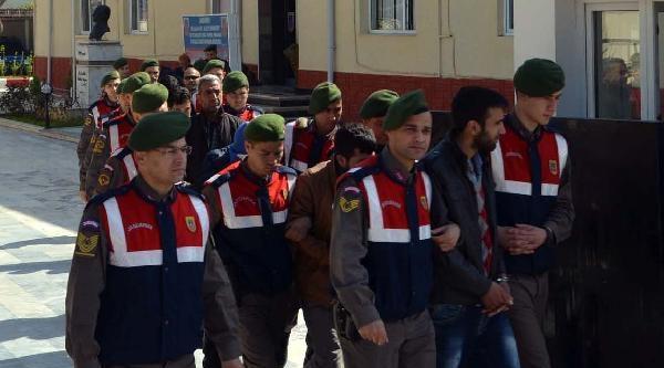 Mersin'de Uyuşturucu Satıcılarına Darbe: 8 Kişi Tutuklandı