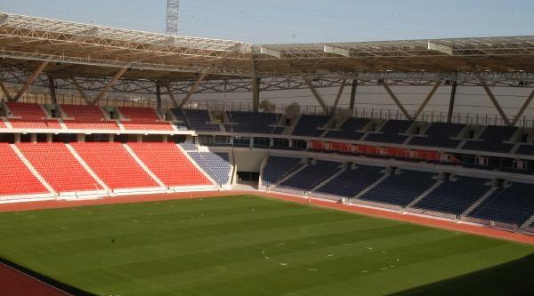Mersin'in Yeni Stadı Maça Hazır