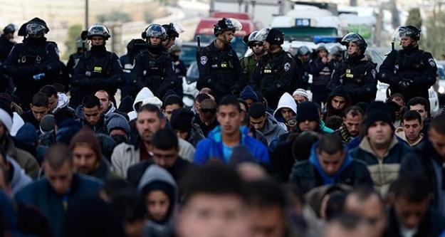 Mescid-i Aksa'da İsrail zulmü!