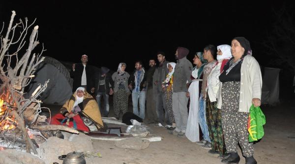Mesken Dağı'nda Çadir Nöbetini Kadınlar Aldı