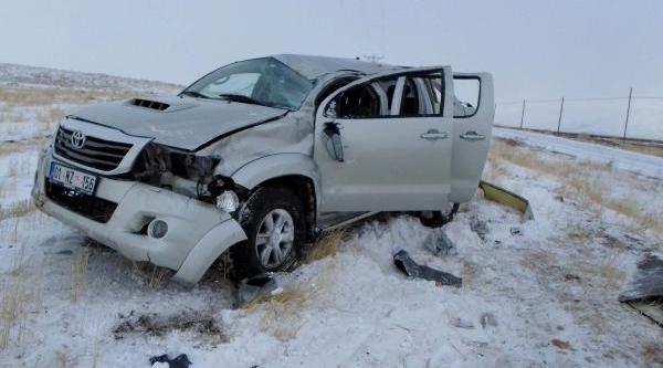 Meteoroloji Görevlileri Kazada Yaralandi