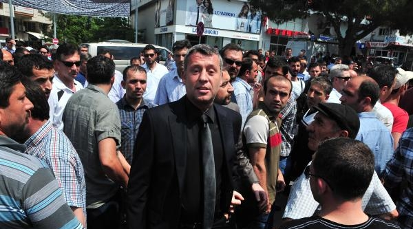 Metin Şentürk, Soma'ya Acıyı Paylaşmaya Geldi