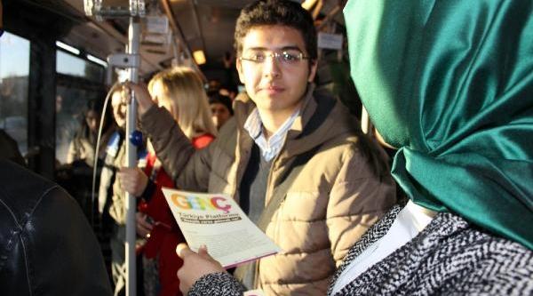 Metrobüste Yer Verme Eylemi