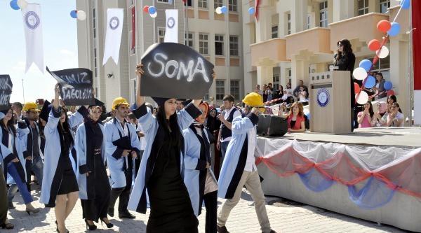Mezuniyet Töreninde Soma Ve Bosna'yı Unutmadılar